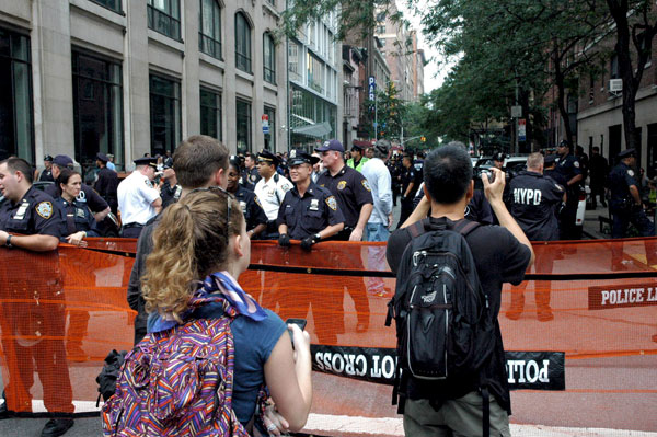 Day_8_West_12_St_NYPD_blockade.jpg