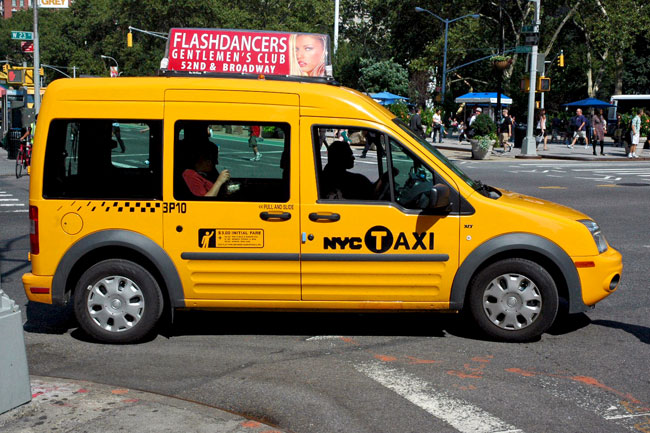 Ford_Transit_Connect_taxi_NYC.jpg
