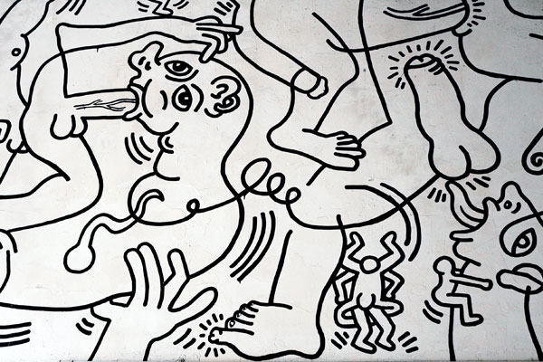 Keith_Haring_Center_appendages.jpg
