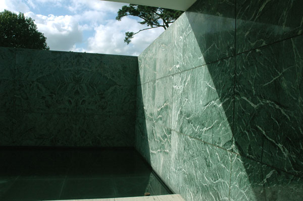 Barcelon_Pavilion_green.jpg
