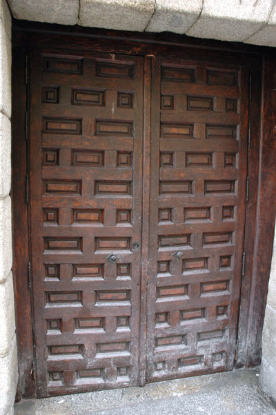 Madrid_door_brown.jpg