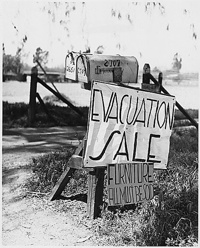 foreclosed_farm_Great_Depression.jpg